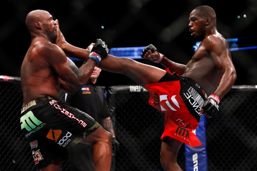 Jon Jones vs Quinton Jackson