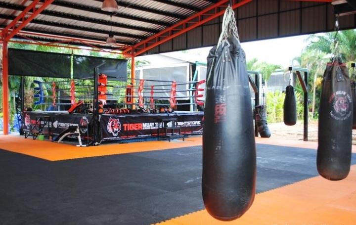 Struttura base di un training camp per sport dacombattimento